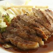 北見の近郊肉と地場野菜を使った料理長こだわりの一皿