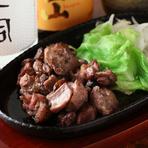 九州より取り寄せた『九州地鶏炭火焼』