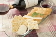 自家製クリームチーズがワインに合う『足利工業大学入ぐチーズ』