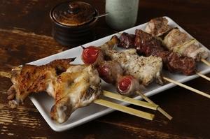 紀州備長炭で焼いたオススメ串の『串焼き各種』