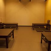 小上がりのある2階席は最大60名まで対応可能