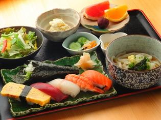 鮮度の高い「魚介類」と上質な「米」と地元の「野菜」