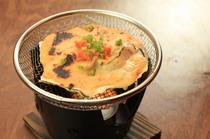 当店おススメの「牡蠣と帆立のウニソース焼き」