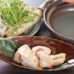 お刺身、焼鶏だけでなく専門店並みの寿司、蕎麦まで味わえます
