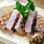 『エゴマ豚ロース肉』 サッパリとした脂身が旨い。
