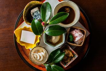 日本料理の粋を凝縮する自慢の『八寸』