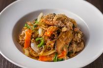 ボリューム満点『牛肉と野菜のチャプチェ』