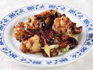 刺激のある辛さが美味しい『大海老の唐辛子炒め』
