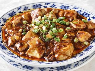 半世紀に渡り受け継がれた伝統の味を守り続けている『麻婆豆腐』