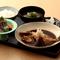 漁師風煮魚定食(お刺身小鉢付)