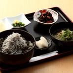 佐島しらすの富士盛り丼