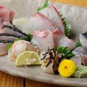 朝目利きした、新鮮な魚介類も味わえます