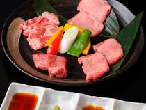 新鮮な肉を好みの美味しさで楽しめるよう工夫しています