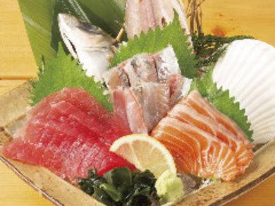 季節の鮮魚刺身5種盛り