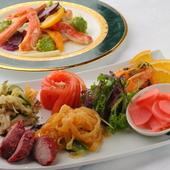 老舗の伝統に相応しい、本格的な上海料理が種類豊富