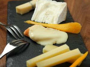 厳選!! ワインに良く合うチーズの盛り合わせ