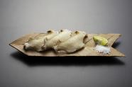 小気味良い食感と噛みしめる度に滋味が広がる『あわびの唐揚げ』