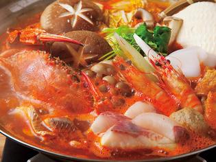 魚介や野菜など新鮮な素材の旨みをふんだんに活かして調理