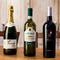 リストにはサルデーニャ島内のワインを地区別に表示