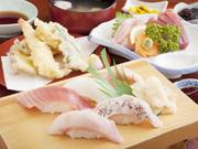 寿司、刺身、天ぷら、つみれ汁