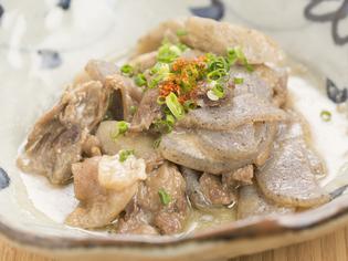新鮮な馬肉を使った自慢の郷土料理『馬スジ味噌煮込み』