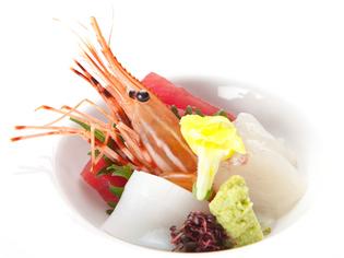 季節ごとの魚介を新鮮さを活かして調理『本日のお造り』