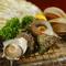 原価を度外視した『限定ホタテ貝焼き』など海鮮直火焼きが美味!