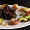 エラン1番人気メニュー 特製牛ホホ肉の赤ワイン煮