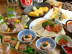 2~3名さまで召し上がる大皿料理。前日までのご予約で200円引きとなります。お蕎麦は別注文です。