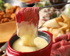 大人気♪チーズフォンデュがついたコースとなっております♪女子会やご宴会などでご利用頂けます!