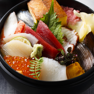 先付/ちらし寿司/お椀