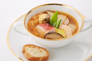 上質な食材とシェフのこだわりが作り出す、正統派フランス料理