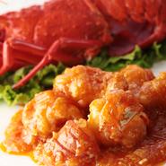 エビを贅沢に使った人気の味。プリプリとした食感と甘辛のソースが相性抜群です。