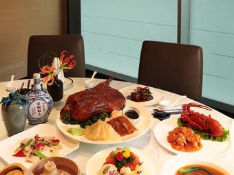 中国料理を囲んで、ご家族との大切なひと時をお過ごしください