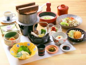 体に優しい豆腐料理がたっぷり食べられる『季節御膳』