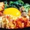単品メニューも充実。食べ放題でも食べられる『温玉ビビンバ』