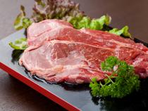 活気のある雰囲気つくりと素早くお肉を提供