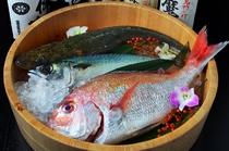 瀬戸内海の海の恵みを含め、新鮮な魚介類を堪能できます