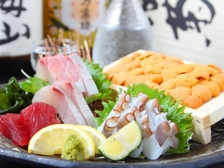 旬の鮮魚はお刺身で。瀬戸内海の『刺身5種盛り合わせ』