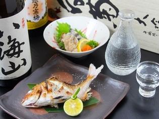 魚の目利きには自信あり。毎日市場でその日の良質な鮮魚を厳選