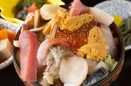 地元産の獲れたての味を満喫するならこの逸品!『北三陸ご飯』
