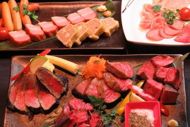 豪華赤身肉4種盛り合わせ