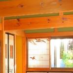 社寺建築にこだわった重厚感あふれるお座敷席は会食などに最適