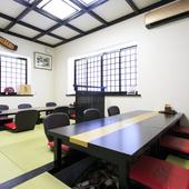 それぞれ壁と扉で区切られた、完全個室として使える3つの部屋