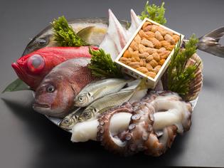 鮮度にこだわった「魚介類」、持ち味を生かした調理方法でどうぞ