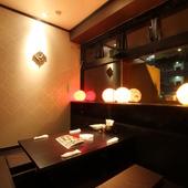 落ち着ける雰囲気の個室あり。女子会にもぴったりな空間