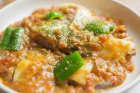 柔らかい軟骨がボリューム満点 『軟骨ソーキのトマト煮』