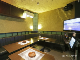 CAFE&BAR with KARAOKEBOX ZigoZの料理・店内の画像2