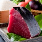 刺身にしても良し、寿司のネタとしても良し。旨みの中に感じる甘みは生マグロならではの美味しさです。