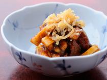 【どぜう飯田屋】のメニューは、どじょう料理のみならず